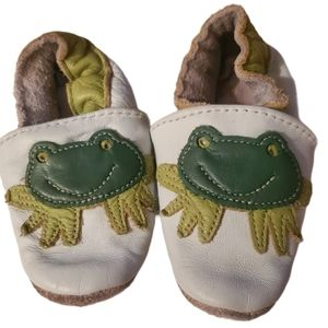 Robeez Leather Frog Slippers